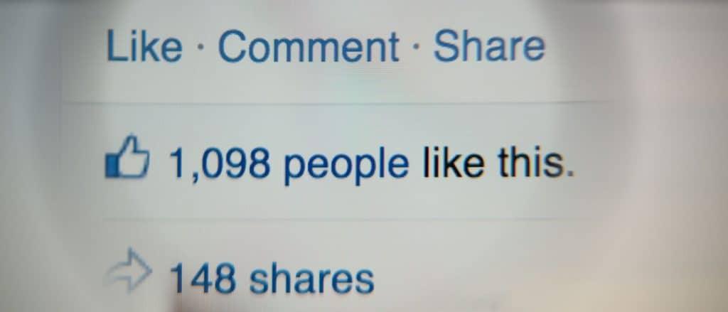 So nutzen Sie Facebook, um Ihre Inhalte bekannt zu machen Gil C / Shutterstock.com