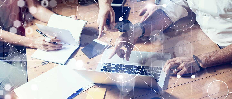 Finden neuer Marketing-Ideen für mittelständische Unternehmen im Team